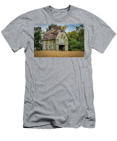Iowa Barn Men's T-Shirt (Slim Fit) by Ray Congrove