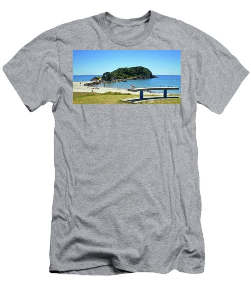 Mount Maunganui Beach 4 - Tauranga New Zealand Men's T-Shirt (Athletic Fit)