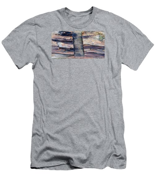 Old Wood Men's T-Shirt (Athletic Fit)