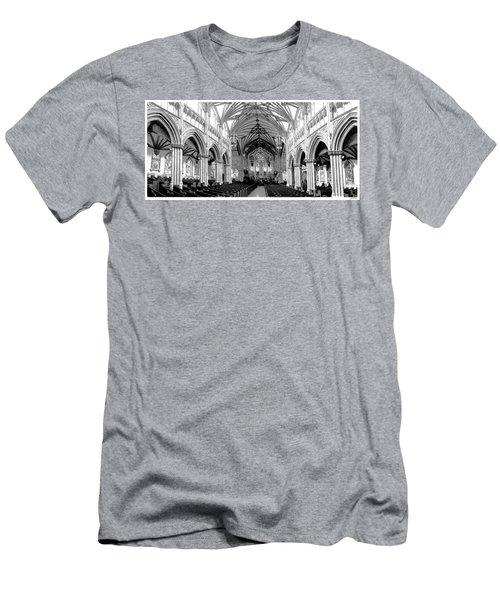 St Dunstans Basilica Men's T-Shirt (Athletic Fit)