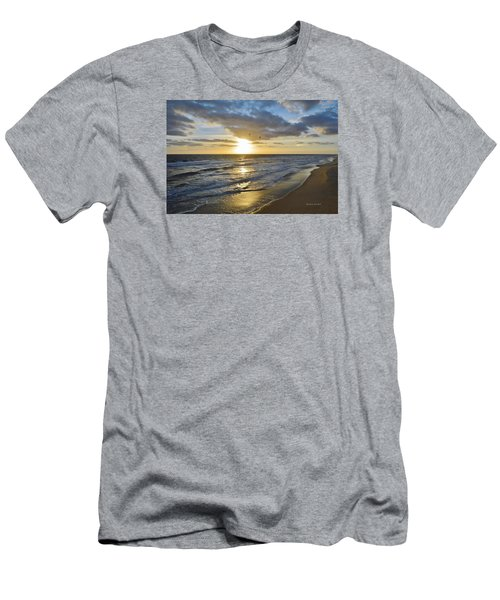 Sunrise On The Banks  Men's T-Shirt (Athletic Fit)