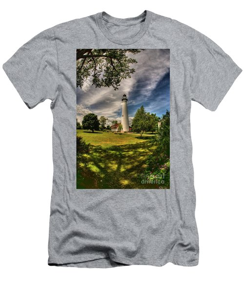 Wind Point Lighthouse Men's T-Shirt (Athletic Fit)