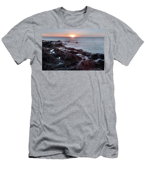 El Golfo - Lanzarote Men's T-Shirt (Athletic Fit)