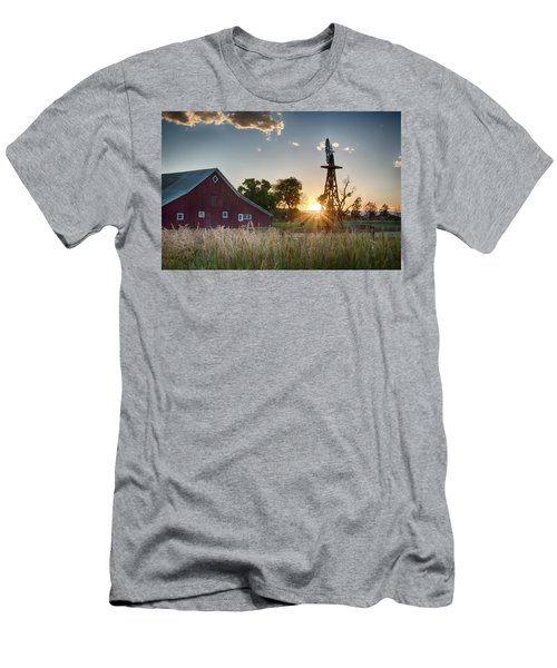 17 Mile House Farm - Sunset Men's T-Shirt (Athletic Fit)
