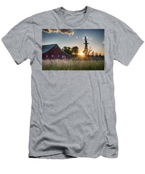 17 Mile House Farm - Sunset Men's T-Shirt (Athletic Fit)