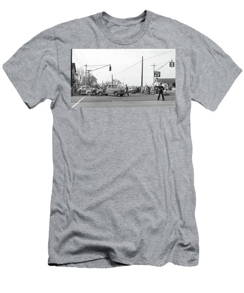 1957 Car Accident Men's T-Shirt (Athletic Fit)