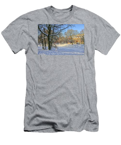 Beautiful Park In Winter With Snow Men's T-Shirt (Athletic Fit)