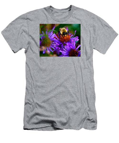 Bee On Purple Flower Men's T-Shirt (Athletic Fit)