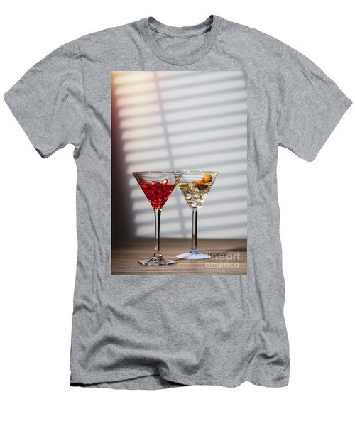 Cocktails At The Bar Men's T-Shirt (Athletic Fit)