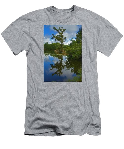 Louisiana  Bald Cypress Tree Men's T-Shirt (Athletic Fit)