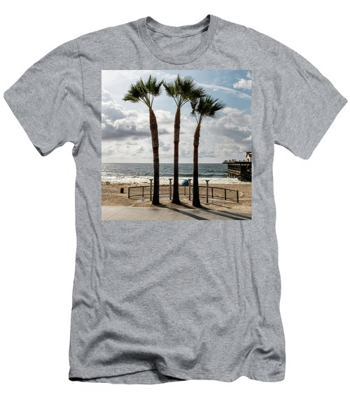 3 Trees Men's T-Shirt (Athletic Fit)