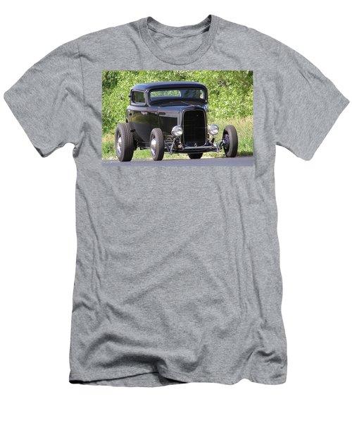 32 Three Window Classic  Men's T-Shirt (Athletic Fit)