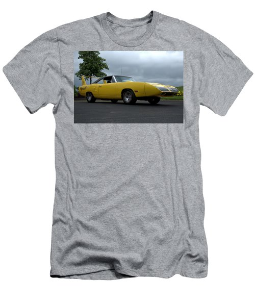 1970 Plymouth Roadrunner Superbird Men's T-Shirt (Athletic Fit)