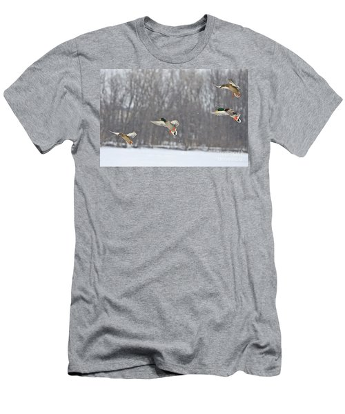 4 In A Row Men's T-Shirt (Athletic Fit)