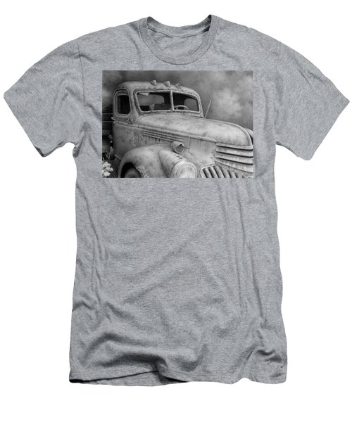 47' Chevy Flatbed Men's T-Shirt (Athletic Fit)