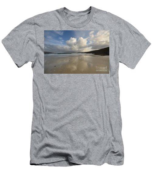 Luskentyre, Isle Of Harris Men's T-Shirt (Athletic Fit)