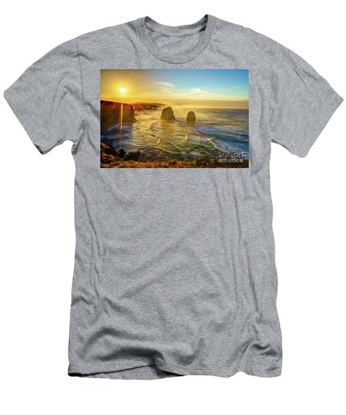 Twelve Apostles Victoria Men's T-Shirt (Athletic Fit)