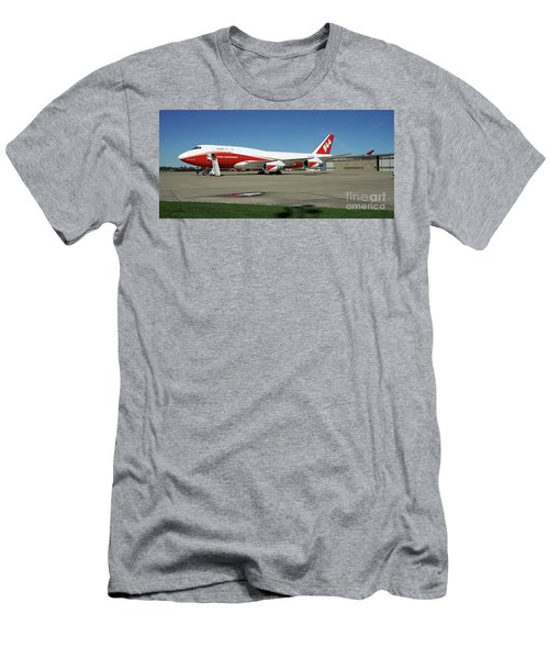 747 Supertanker Men's T-Shirt (Athletic Fit)