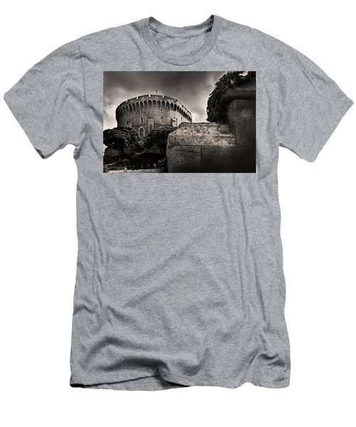 A Peak At The Tower Pictorial Men's T-Shirt (Athletic Fit)