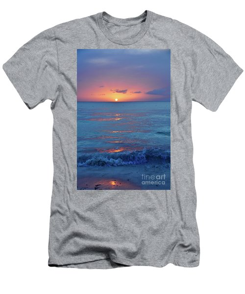 A Perfect Finish Men's T-Shirt (Athletic Fit)