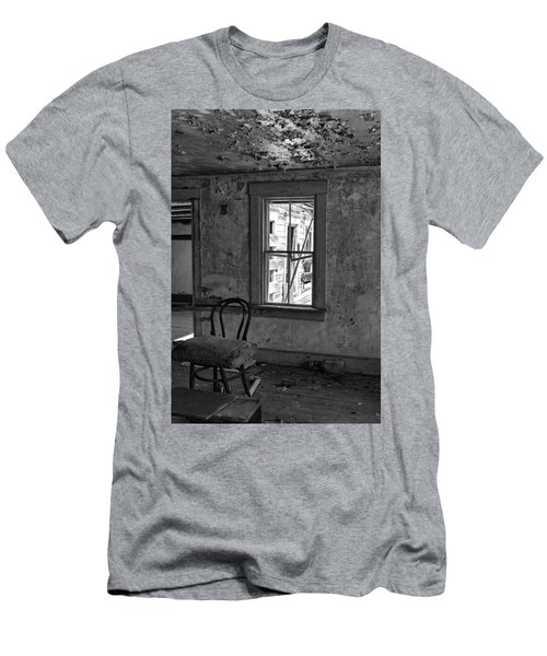Abandon House Living Room Men's T-Shirt (Athletic Fit)