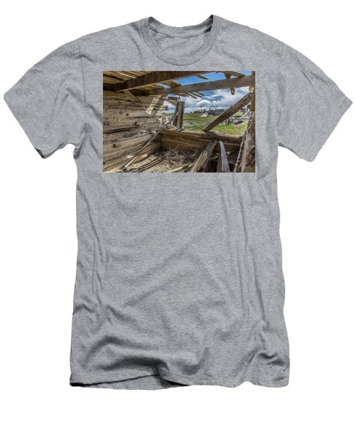 Abandoned Building In Cisco, Utah Men's T-Shirt (Athletic Fit)