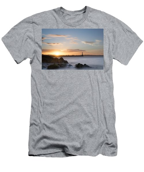Aberdeen Sunset Men's T-Shirt (Athletic Fit)