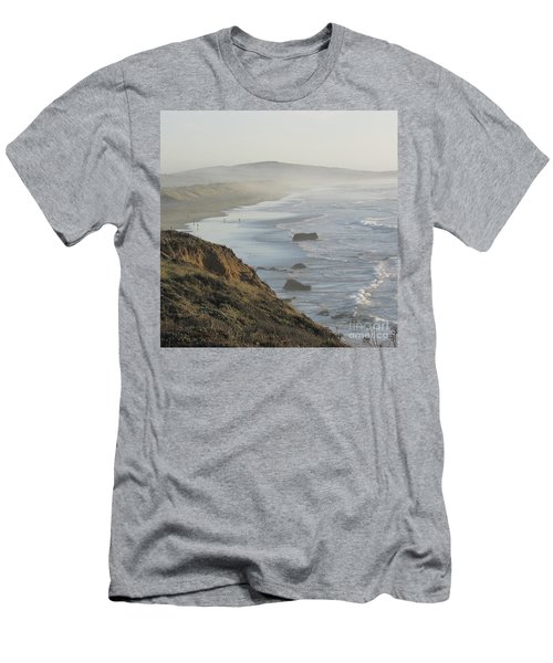 Looking Toward San Francisco Men's T-Shirt (Athletic Fit)