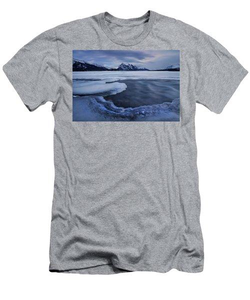 Abraham Lake Sans Bubbles Men's T-Shirt (Athletic Fit)