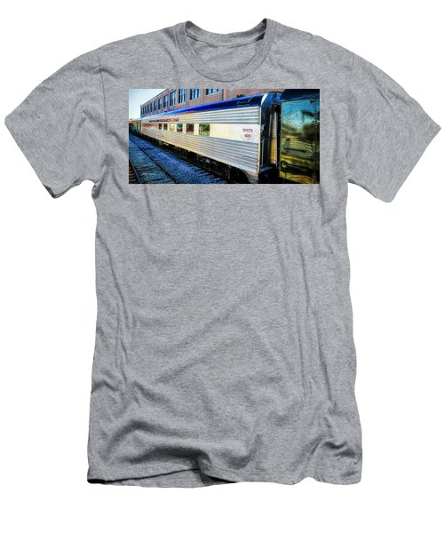 Moultrie Dining Car Men's T-Shirt (Athletic Fit)