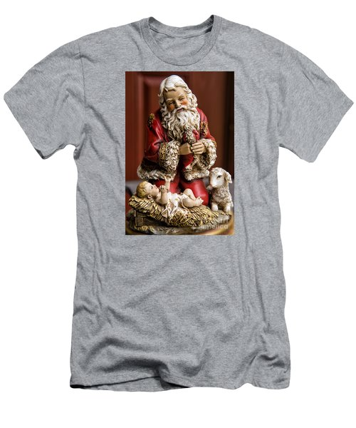 Adoring Santa Men's T-Shirt (Athletic Fit)