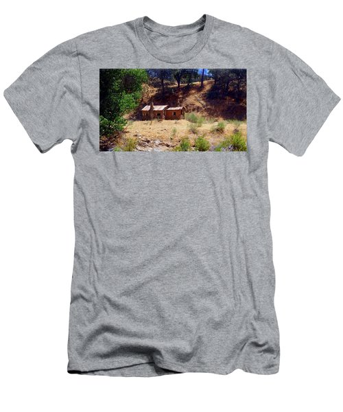 Cozy Cabin Kern County California Men's T-Shirt (Athletic Fit)