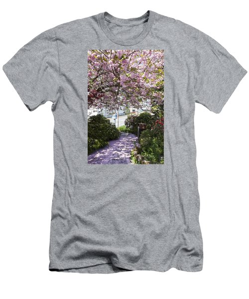 Alaska In Blossom Men's T-Shirt (Athletic Fit)