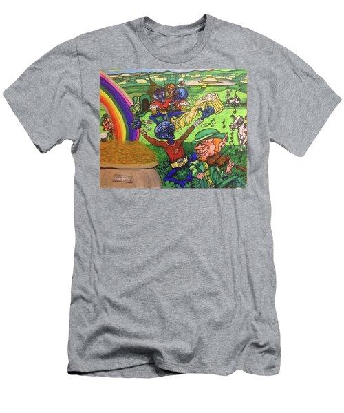 Alien Go Bragh Men's T-Shirt (Athletic Fit)