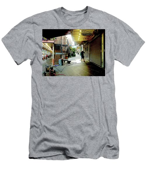 Alley Market End Of Day Men's T-Shirt (Athletic Fit)