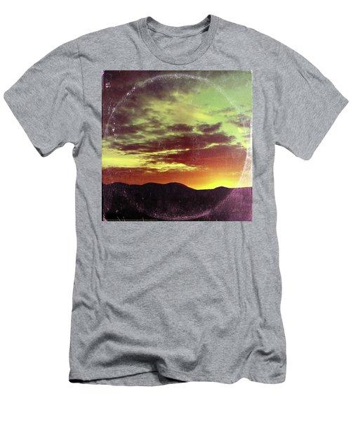 American Sunset As Vintage Album Art Men's T-Shirt (Athletic Fit)