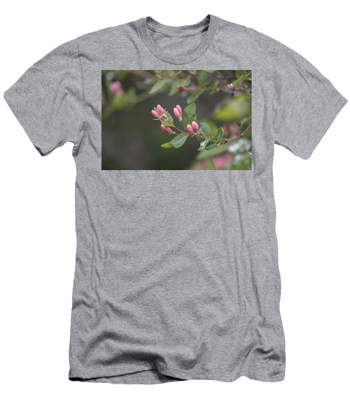 April Showers 3 Men's T-Shirt (Athletic Fit)