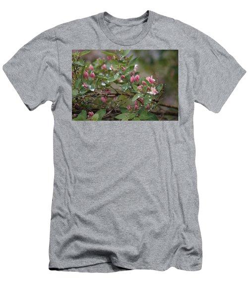 April Showers 6 Men's T-Shirt (Athletic Fit)