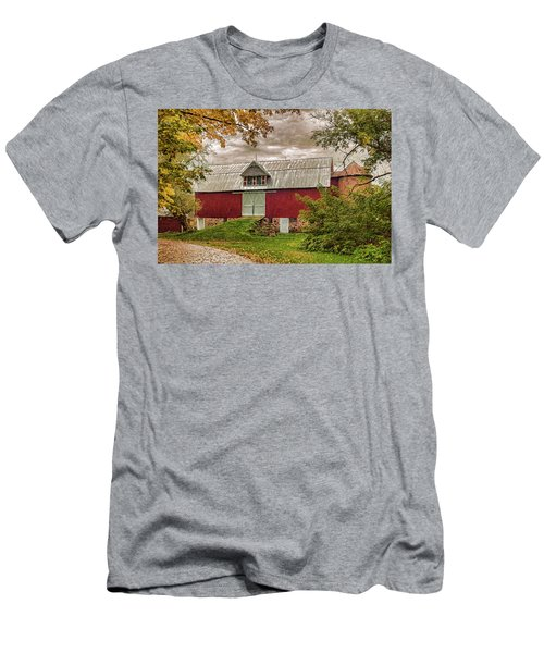 A.r. Potts Barn Men's T-Shirt (Slim Fit) by Trey Foerster
