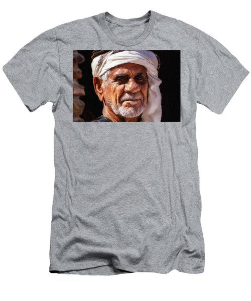 Arabian Old Man Men's T-Shirt (Athletic Fit)