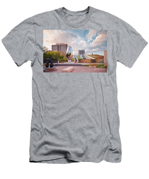 Architectural Photograph Of Anish Kapoor Cloud Column At The Glassell School Of Art - Mfa Houston  Men's T-Shirt (Athletic Fit)