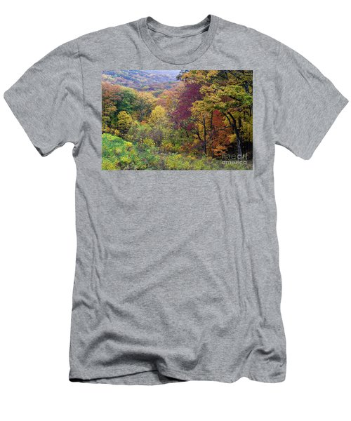 Men's T-Shirt (Slim Fit) featuring the photograph Autumn Arrives In Brown County - D010020 by Daniel Dempster