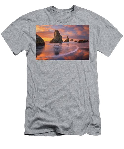 Men's T-Shirt (Slim Fit) featuring the photograph Bandon's New Years Eve Light Show by Darren White