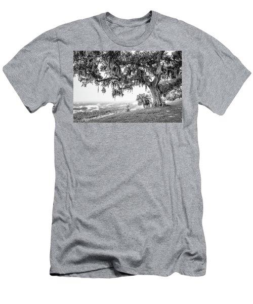 Bay Street Oak View Men's T-Shirt (Athletic Fit)