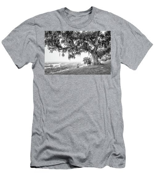 Bay Street Oak View Men's T-Shirt (Athletic Fit)
