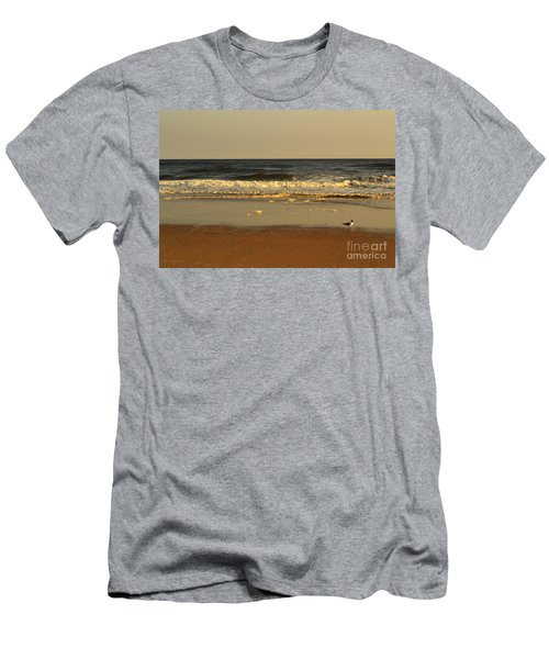 Beach Bird At Sunset  Men's T-Shirt (Athletic Fit)