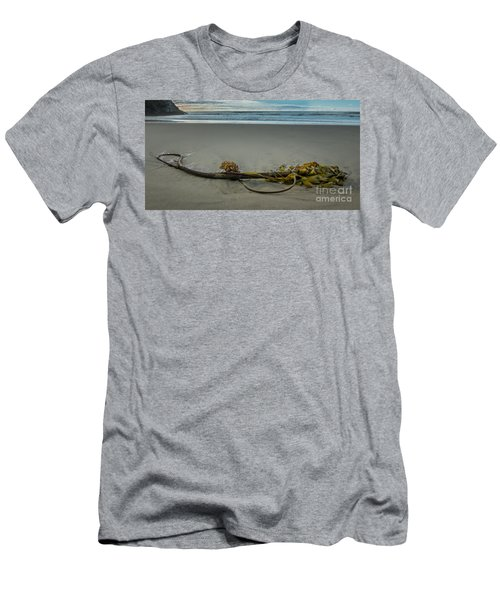 Beach Bull Kelp Laying Solo Men's T-Shirt (Athletic Fit)