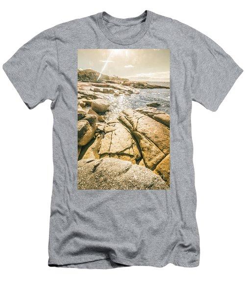 Bicheno Foreshore Men's T-Shirt (Athletic Fit)