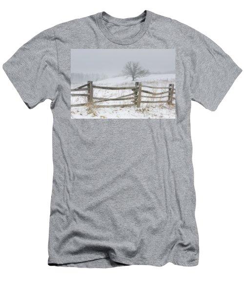 Big Oak Tree Men's T-Shirt (Athletic Fit)