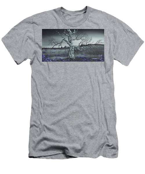 Big Old Tree Men's T-Shirt (Athletic Fit)